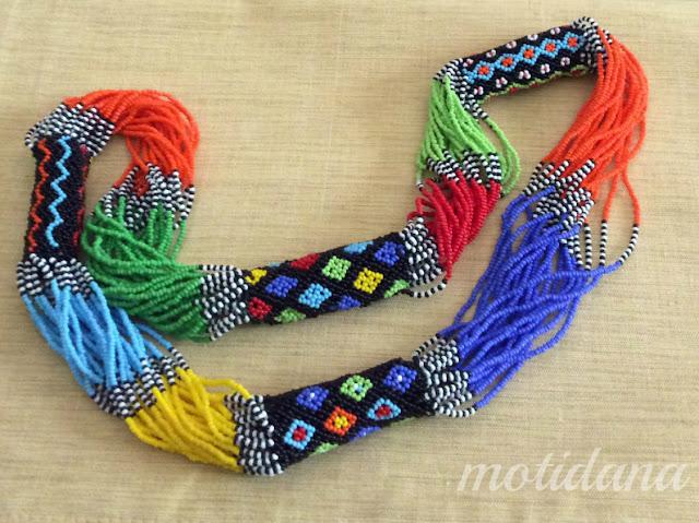 Герда Ожерелье , Ethnic beadwork