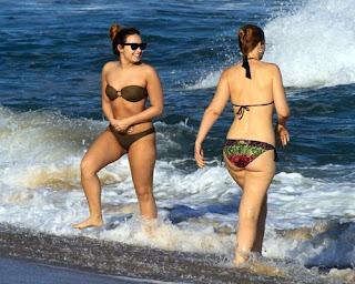 Model, Demi Lovato, overseas tour, Rio de Janeiro, Rio de Janeiro luxury hotels, Rio de Janeiro luxury tour, Vacation in Rio de Janeiro, Rio de Janeiro Vip tour beach, Rio de Janeiro travel trip review