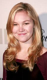 Actress Julia Stiles Hairstyle Pictures - Girls Hairstyle Ideas
