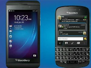 Perbandingan BlackBerry Z10 dengan BlackBerry Q10