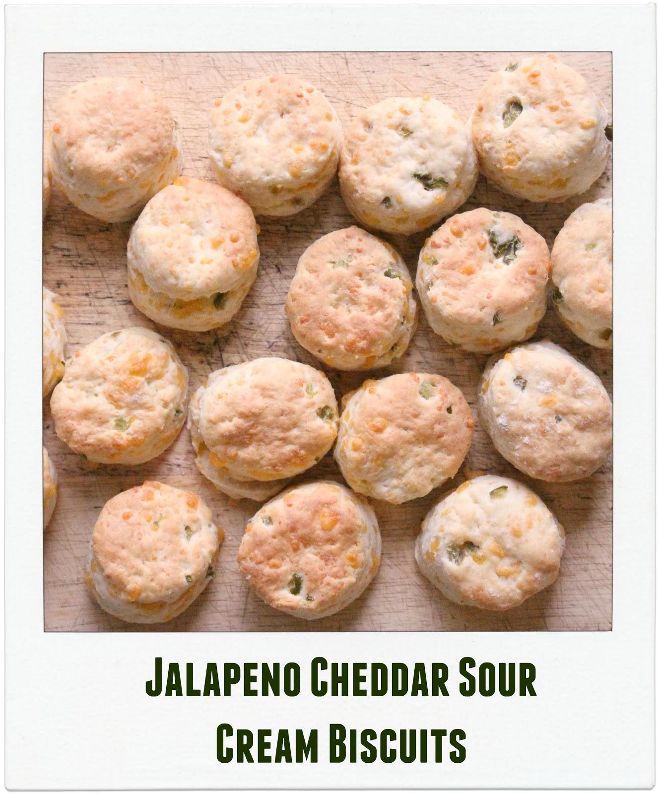 Jenn's Random Scraps: Jalapeno Cheddar Sour Cream Biscuits