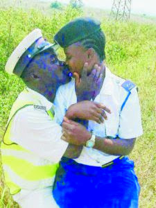Policeman And Policewoman Romancing In Public (See Photo)