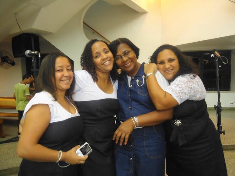 AMIGAS DO CONJ. FEMININO DE CORDOVIL - 2011