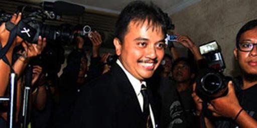 Roy Suryo Jadi Menpora