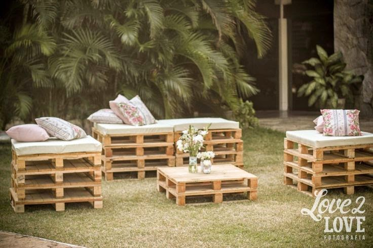 10 ideas para reciclar palets para bodas for Muebles para bodegas rusticas