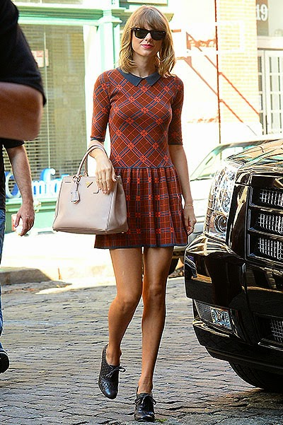 school style -Taylor Swift -dress