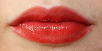 YSL Vernis À Lèvres Pop Water Glossy Stain in 202 Rouge Splash