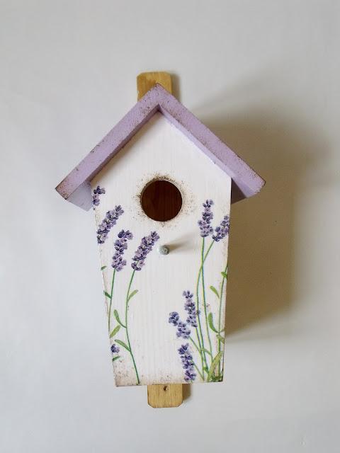 I jeszcze jeden domek dla ptaszków!