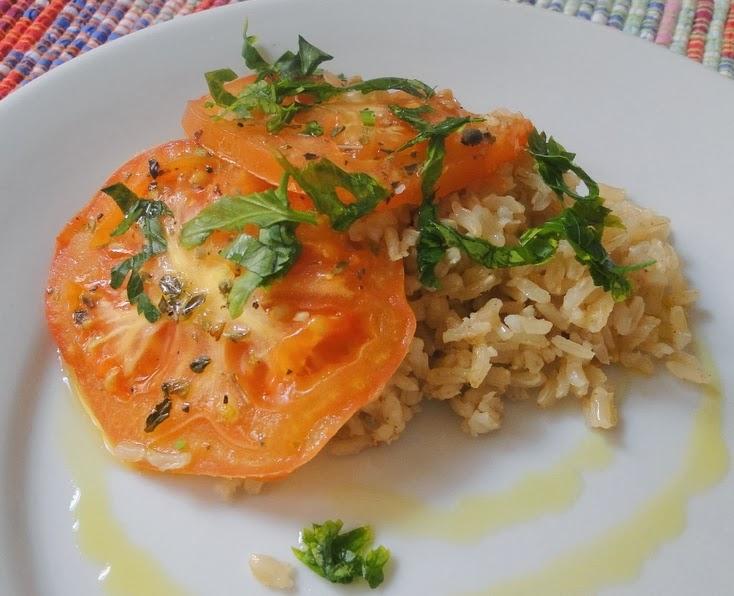 Arroz Integral com Cobertura de Tomates (vegana)