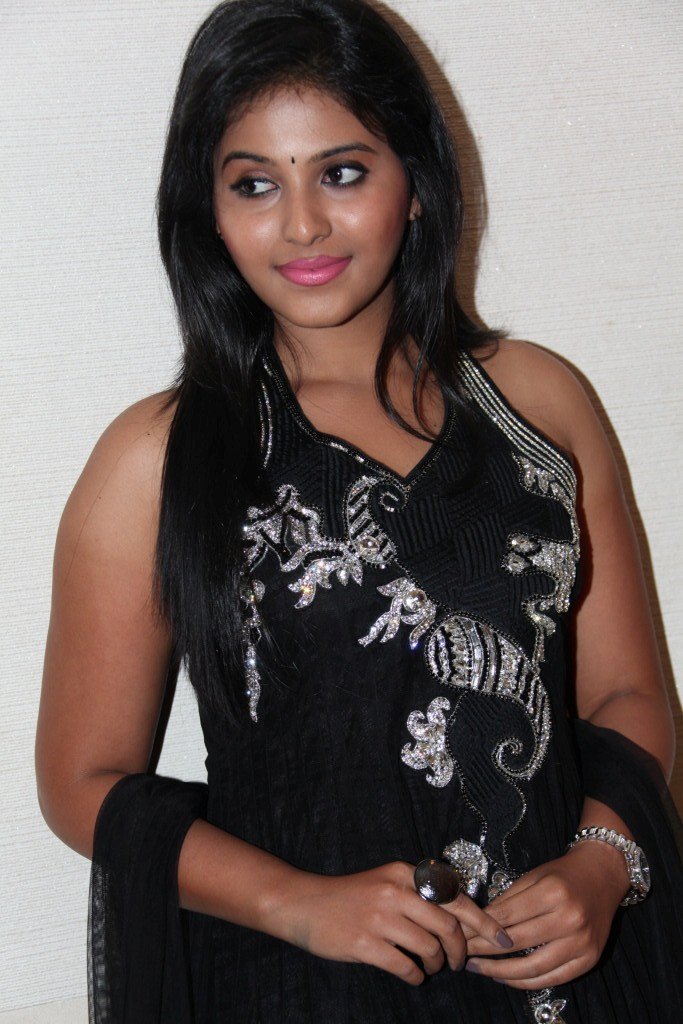 Anjali Latest Photo Stills at Balupu Movie Logo Launch