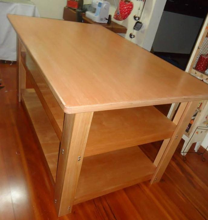 Doretto cinquetti m veis personalizados bancada de trabalho - Mesas para costura ...