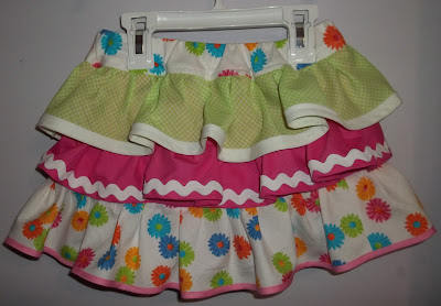 http://www.heartfeltbalancehandmadelife.com/2012/03/jaycees-tiered-spring-skirt-with-link.html