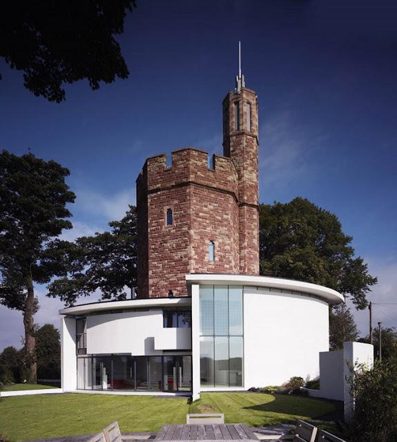 Современный дом с старой башней