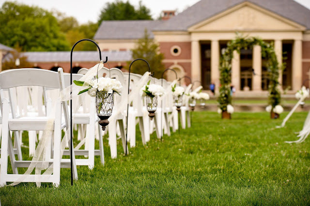 Hanging Vases - Hall of Springs Wedding - Upsate NY - Saratoga - Splendid Stems