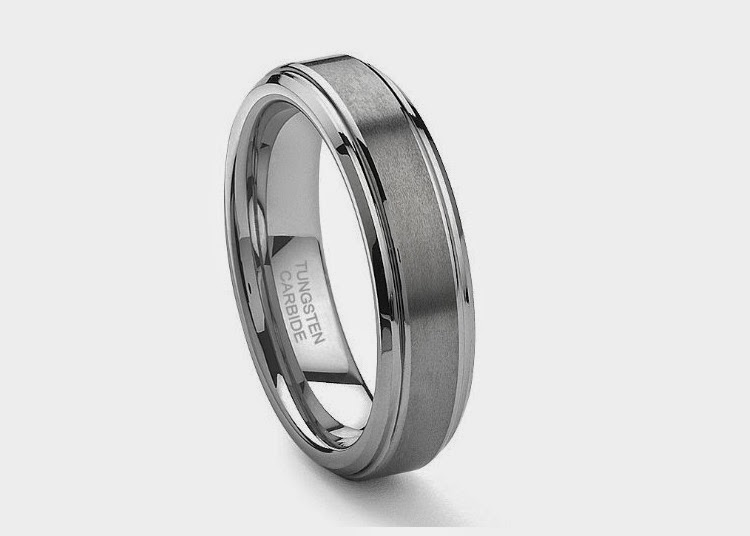 Platinum wedding bands pros and cons