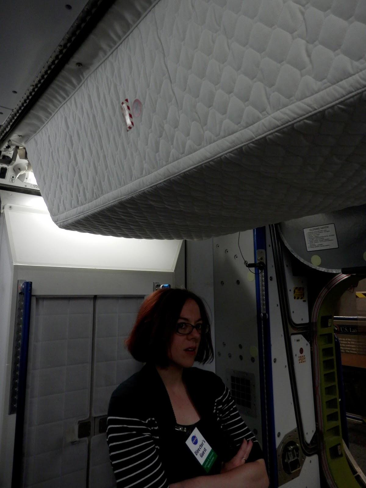 astronauts sleeping compartment - photo #41