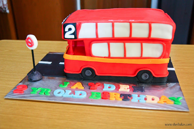 Stagecoach Bus Birthday Cake