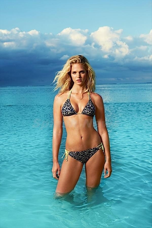 Lascana Swimwear Lookbook 2015 featuring Erin Heatherton