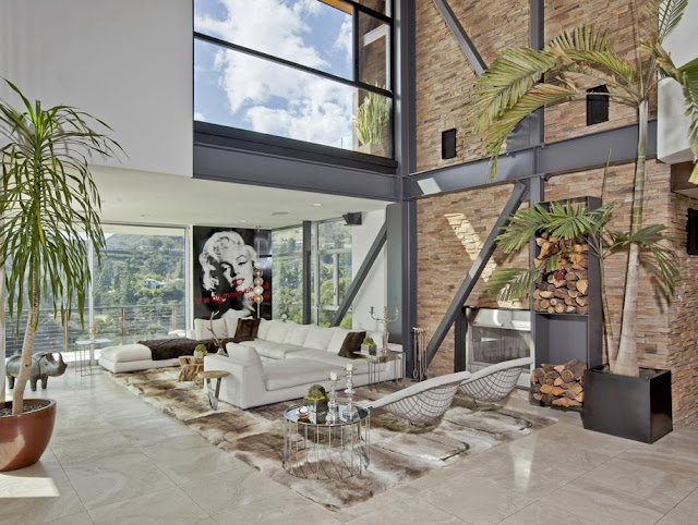 Photo of another living room in the house with the views