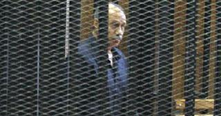 النقض تنظر طعن مبارك والعادلى على سجنهما بتهمة قتل المتظاهرين