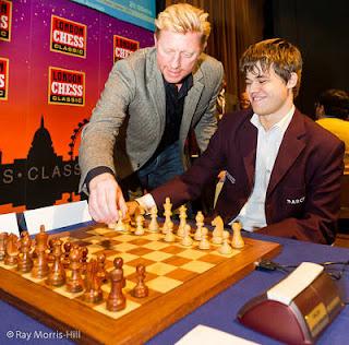 Echecs & classement : Boris Becker & Magnus Carlsen © Chessbase