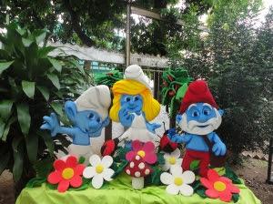 DECORACIÓN CON PERSONAJE DE LOS PITUFOS by decoracionesparafiestasinfantiles.blogspot.com