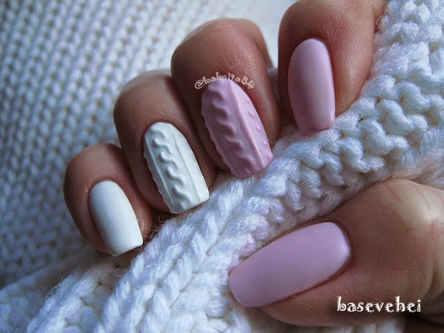 Рисунок на ногтях свитер