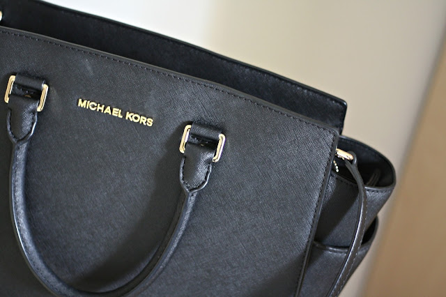 Michael-kors-black-selma-tote-handbag-blog