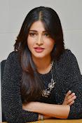 Shruti Haasan Glam pics-thumbnail-30