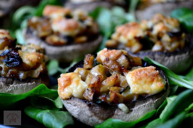 Ciuperci umplute cu gorgonzolla