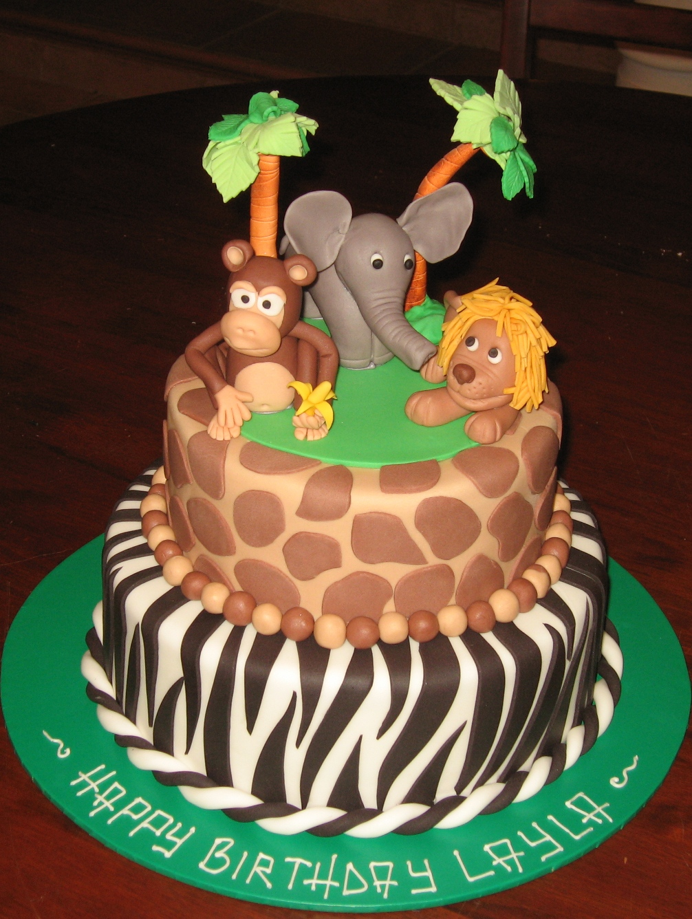 Let Them Eat Cake Two Tier Jungle Animals