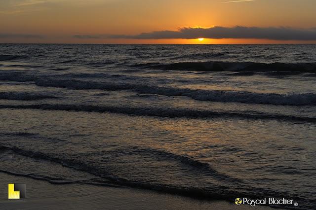 soleil levant sur la mer photo pascal blachier