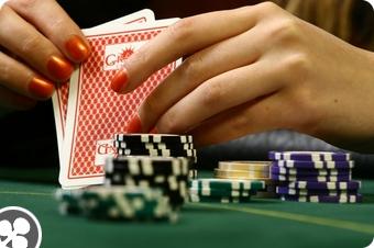 Kinh nghiệm chơi Poker cho người mới