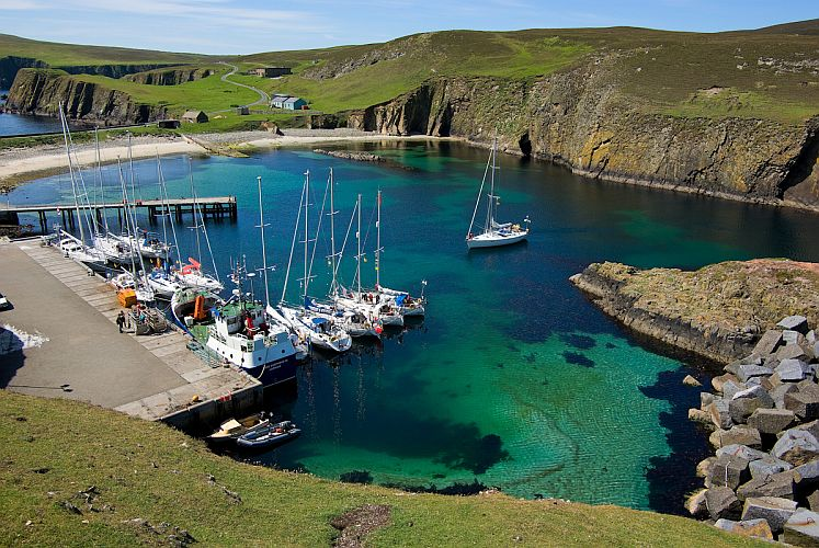 Ultima Thule: Fair Isle :knitwear, shipwrecks and birds on the ...