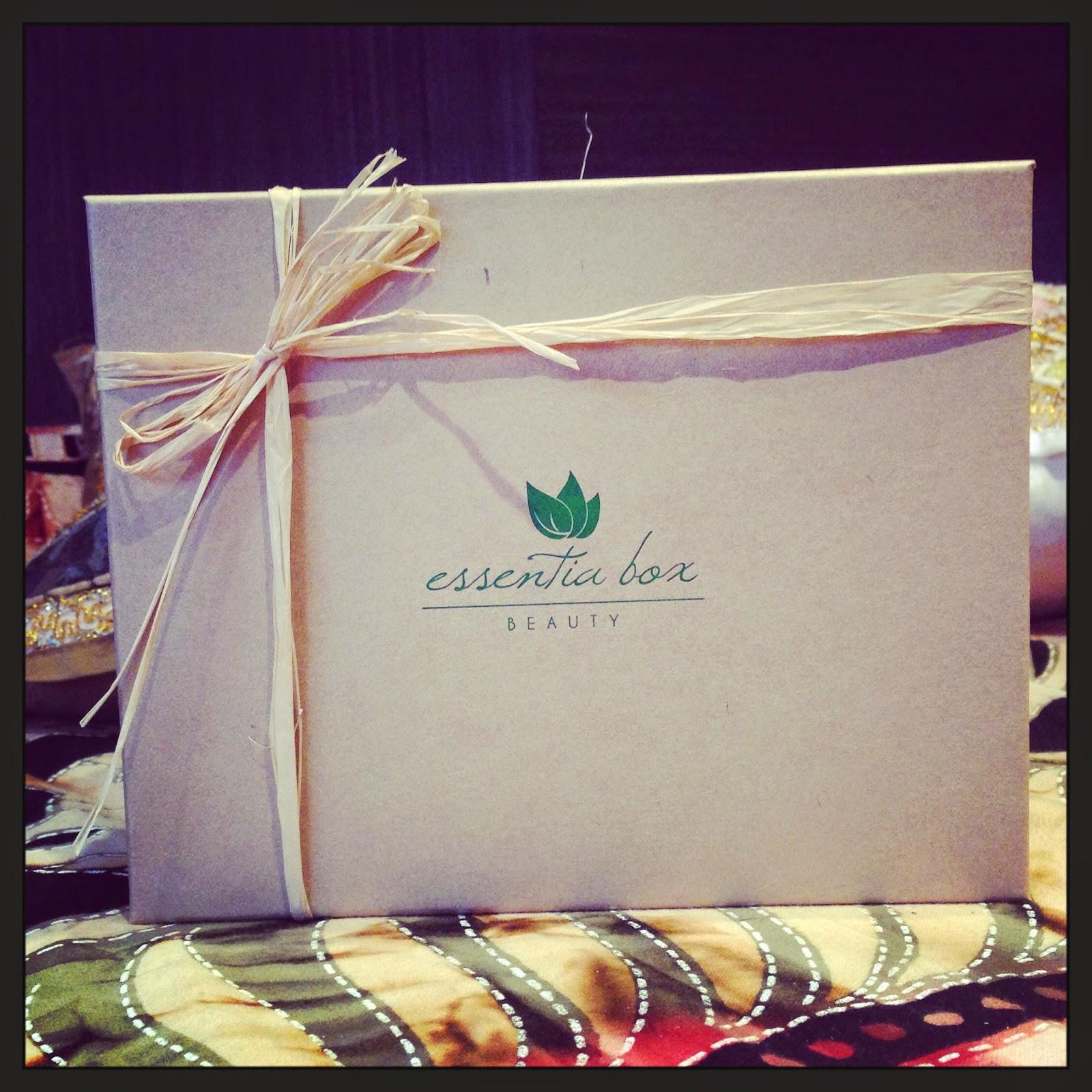 Essentia Box de Julio de 2014: ¡¡Llegan las vacaciones!!