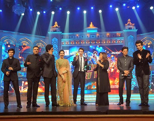 Abhishek, Deepika, SRK and Sonu Sood  at Happy New Year's GRAND music launch