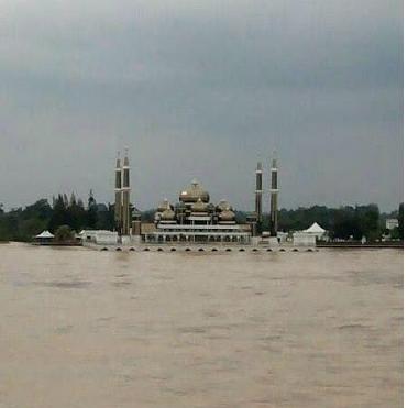 Air Pasang Besar Di Terengganu Disember 2014