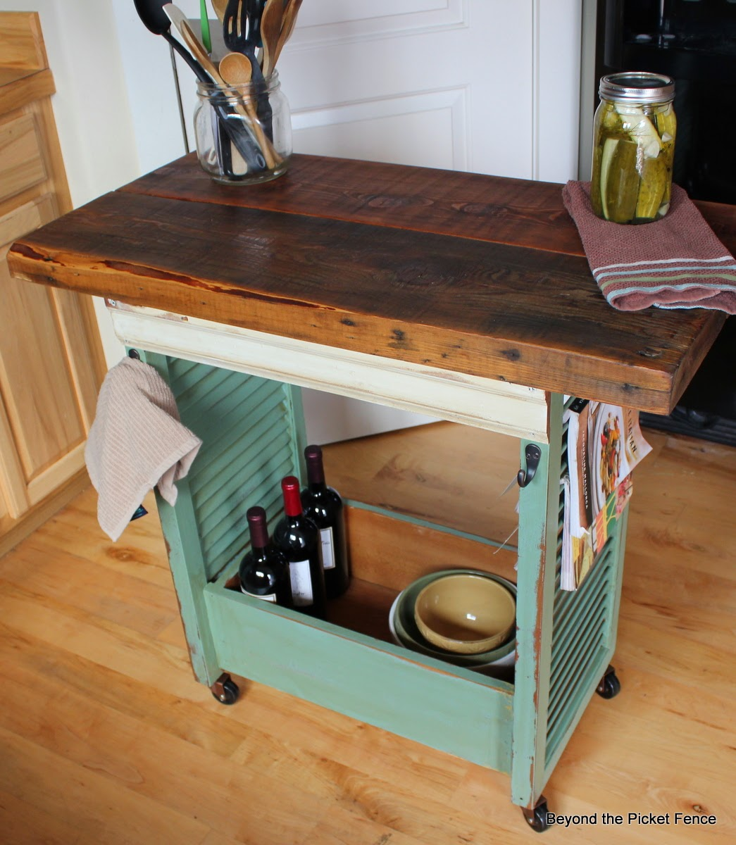 repurposed, kitchen island, shutters, old drawer, Beyond The Picket Fence http://bec4-beyondthepicketfence.blogspot.com/2013/08/shutter-island.html