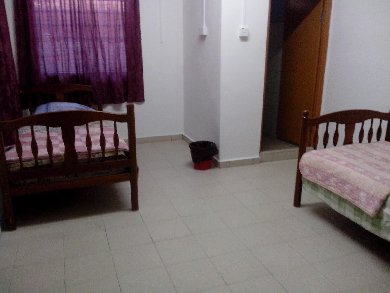 Ruangan bilik Bawah.