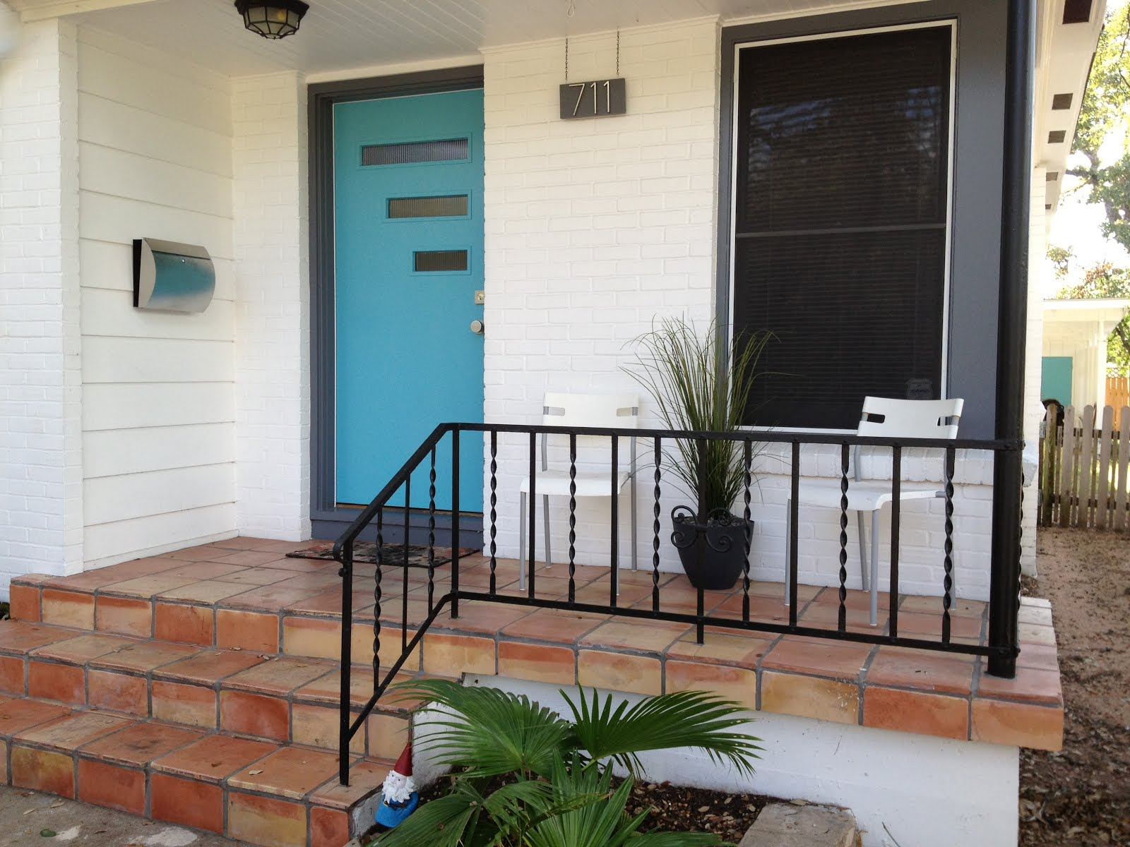 Mad for mid century our atomic ranch front porch through for Modern front porch ideas