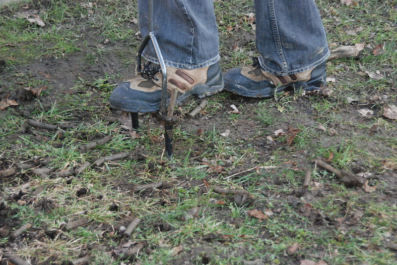 how to break down clay soil in lawn