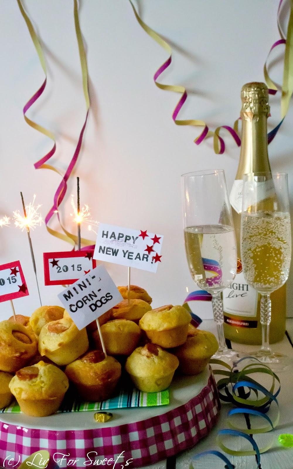 Mini-Corn-Dogs, Mini-Muffinform, Würstchen, Mais, Polenta, Käse, Silvester, Happy New Year, Rezept auch für den Thermomix