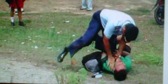 Video TNI aniaya Wartawan Oktober 2012 Pekanbaru