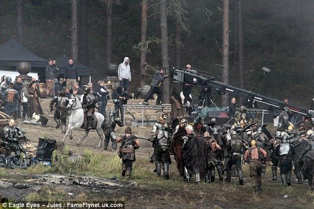 Thor: The Dark World, instataneas de la batalla en Bourne Wood