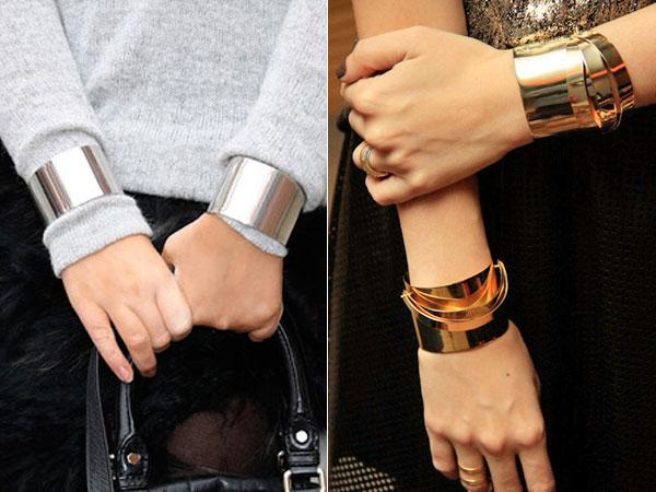 CUFFS- as famosas pulseiras bracelete vem em acrílico com toques de  dourado, boas para dar um up em qualquer look. Bonitas e super impactantes. 1ce12bcb59