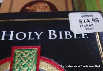 Librería vende Biblias etiquetadas como libro de ficción