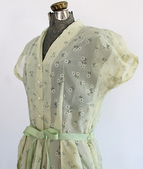 1940s Day Dress #peridot #1940s #dress