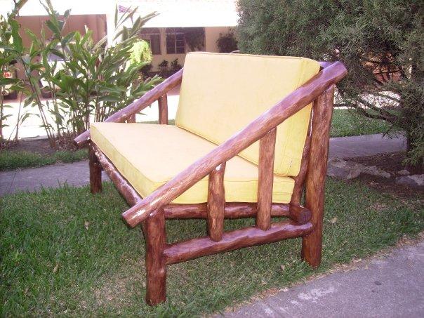 Madera arte muebles rusticos por miguel ruiz juegos de living y de jardin for Juegos de jardin rusticos