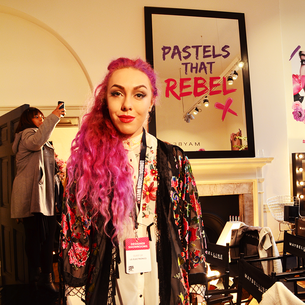 Pastels That Rebel, London Fashion Week, pastel pink hair, Stephi LaReine blogger