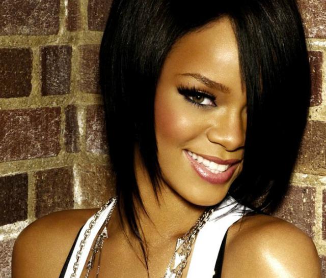 Rihanna en facebook